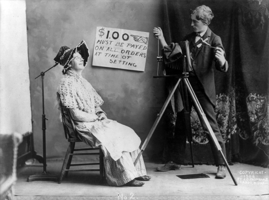 dawna fotografia, dawne zdjęcia, historia fotografii, blog historia, blog obyczajowy, blog historyczny, dawne zwyczaje, kobieta XIX wiek